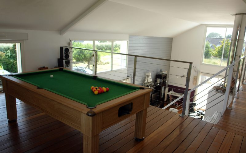 location de vacances avec piscine et billard en Bretagne