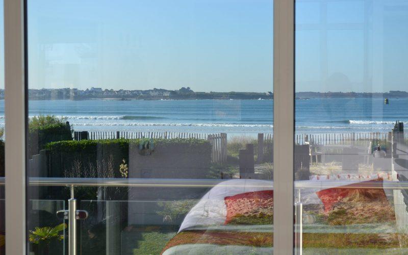 dormir face a la mer à la villa sur la plage en Bretagne